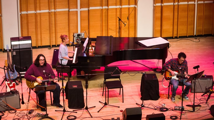 Yo La Tengo Charm, Challenge at Offbeat Ecstatic Music Fest Show