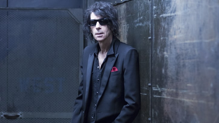 Hear J. Geils Band Singer Peter Wolf's Soulful New Solo Song