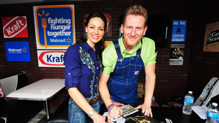 Joey + Rory Top Country Albums Chart With 'Hymns'