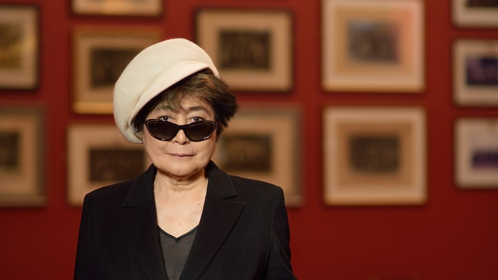 Yoko Ono Hospitalized in New York