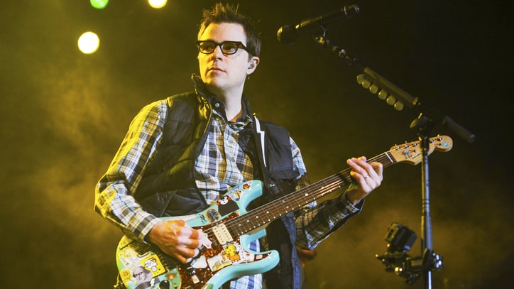 Hear Weezer's Rivers Cuomo Talk New LP on 'Rolling Stone Music Now' Podcast