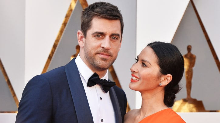 Aaron Rodgers Clears Up the Great Oscars Girl Scout Cookie Controversy