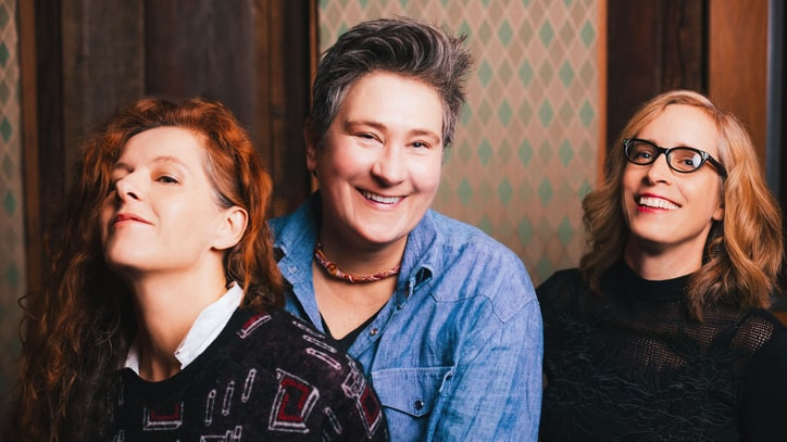 Neko Case, K.D. Lang, Laura Veirs Team for New LP, Tour