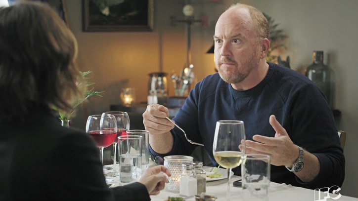 Louis C.K. Has Awkward Dinner With 'Fred' and 'Carrie' on 'Portlandia'
