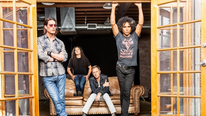 Guns N' Roses Tap Alice in Chains for Las Vegas Shows