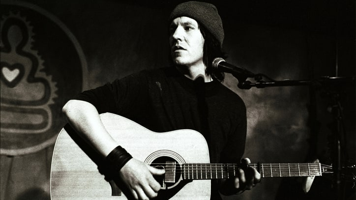 J. Mascis, Waxahatchee Tapped for Elliott Smith Tribute Album