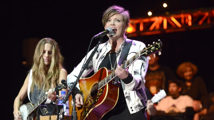 Dixie Chicks Return 'Home' With Album Reissues