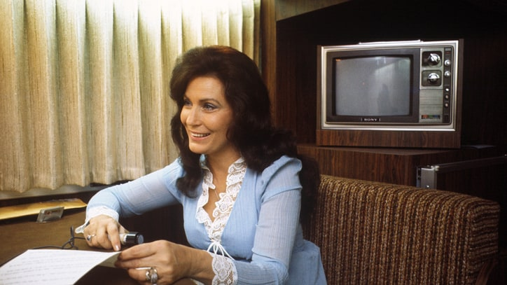 10 Things We Learned From the New Loretta Lynn Documentary
