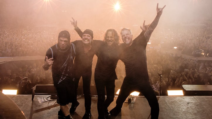 Metallica Tease 'In-Your-Face Year'