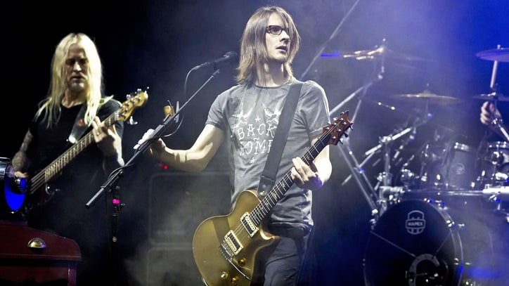 Porcupine Tree's Steven Wilson Soars Without Voice at Heroic NYC Show