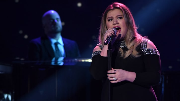 Kelly Clarkson: I Was Blackmailed by Label to Work With Dr. Luke