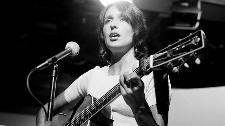 Flashback: Joan Baez Pleads With Bob Dylan Via Song