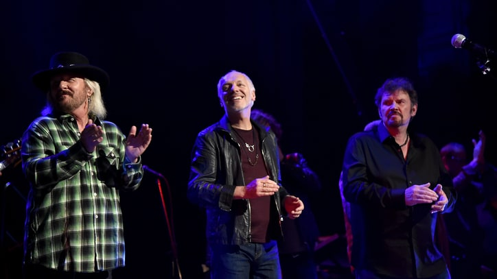 Lynyrd Skynyrd, Peter Frampton Plot Joint Summer Tour