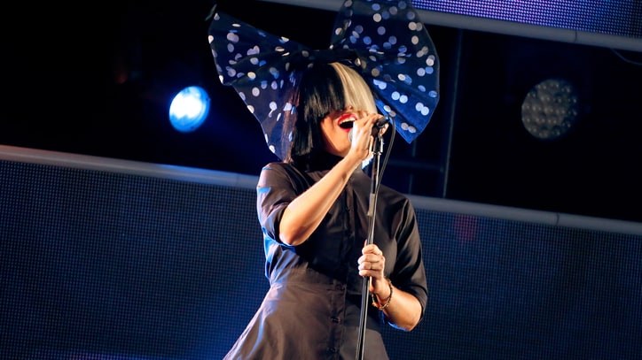 Watch Sia Soar Through 'Bird Set Free' on 'Kimmel'