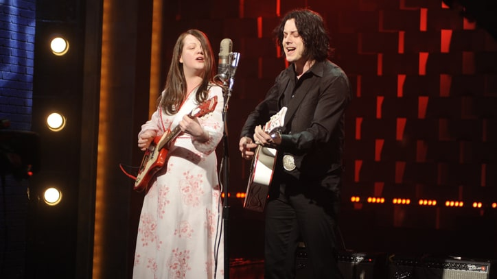 Flashback: White Stripes Take Their Final Bow on 'Conan'