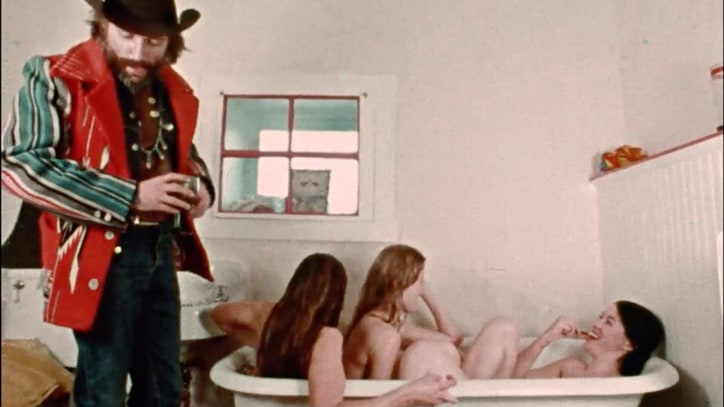 See Dennis Hopper Ogle Tub Full of Nude Women in Lost Doc