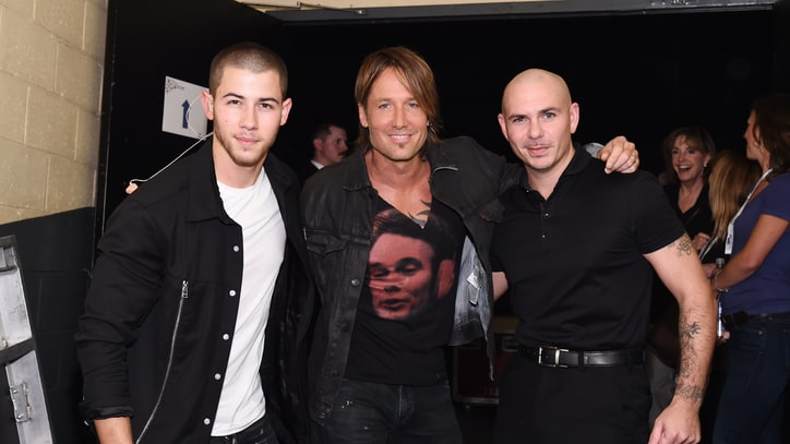 Keith Urban Teams With Pitbull on 'Sun Don't Let Me Down': The Ram Report