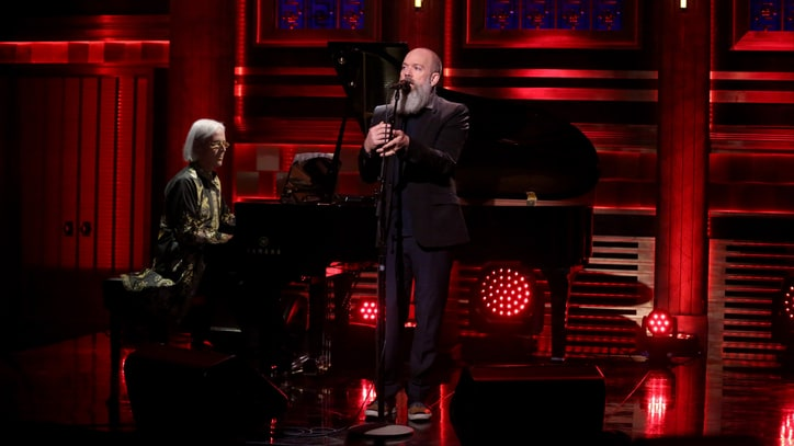See Michael Stipe Cover David Bowie on 'Fallon'