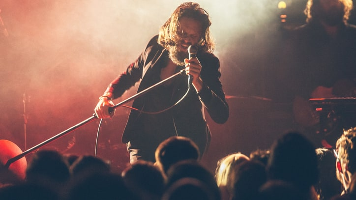 Watch Father John Misty's Steamy Cover of Rihanna's 'Kiss It Better'