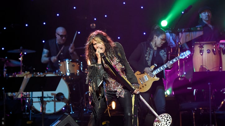 Steven Tyler Plots Intimate New York Show