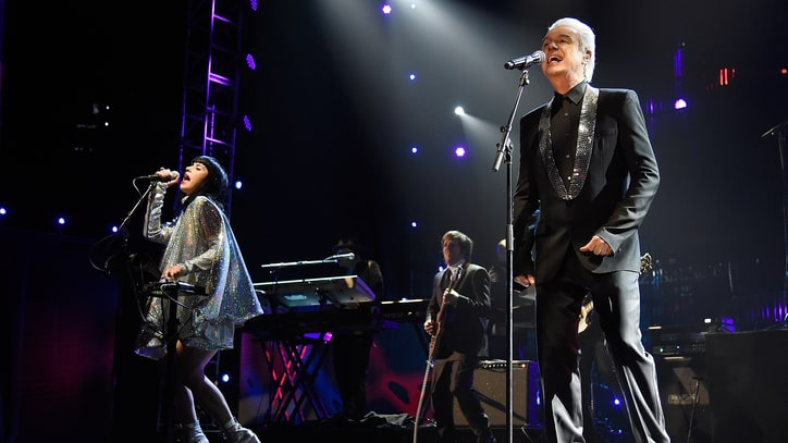 Watch David Bowie Tribute at Rock and Roll Hall of Fame Ceremony