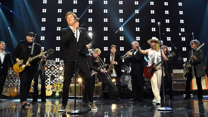 15 Best Moments at the Rock and Roll Hall of Fame 2016 Induction