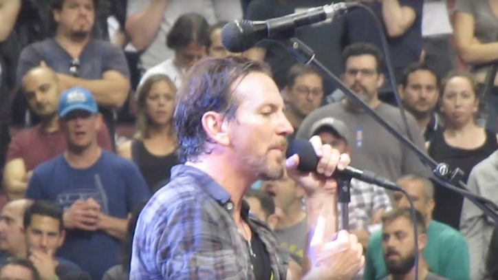 See Pearl Jam Pay Tribute to Cheap Trick With 'Surrender' Cover