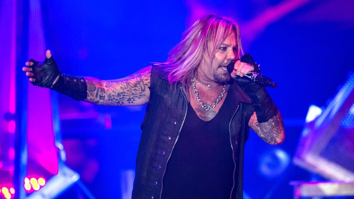 Vince Neil Cited for Battery in Las Vegas Scuffle
