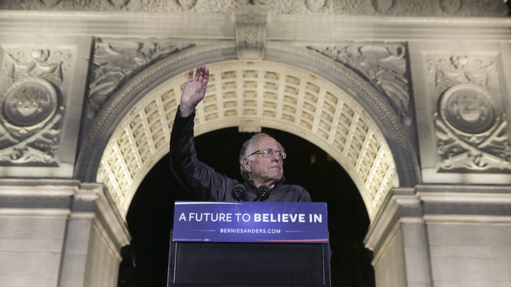 In Battle for New York, Occupy Wall Streeters Turn Out for Bernie
