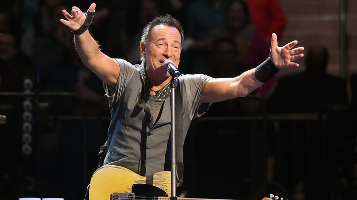 Watch Bruce Springsteen Perform 'Shout' With Bob Seger