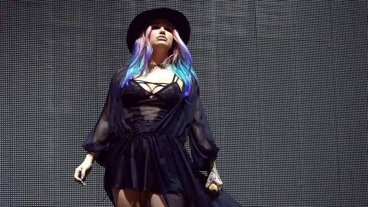See Kesha Perform 'True Colors' With Zedd at Coachella