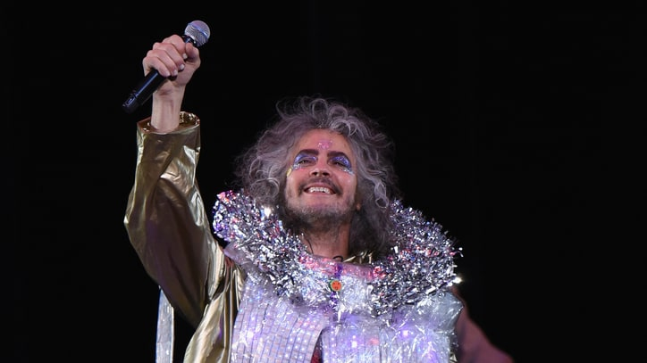 Watch Wayne Coyne Sing About Musical Heroes, Witness Protection Stint