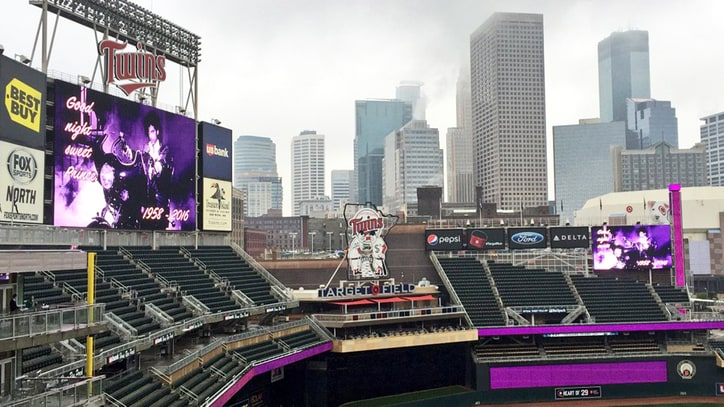 Minnesota Twins Pay Tribute to Prince With Purple-Lit Stadium