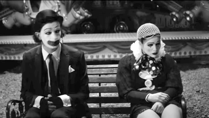 Watch the 1975 Explore Tragic Clown Romance in 'A Change of Heart' Vid