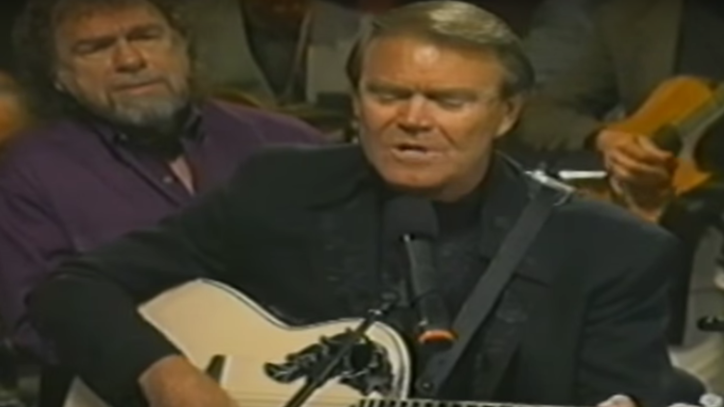 Flashback: See Glen Campbell's Spine-Tingling Roy Orbison Cover