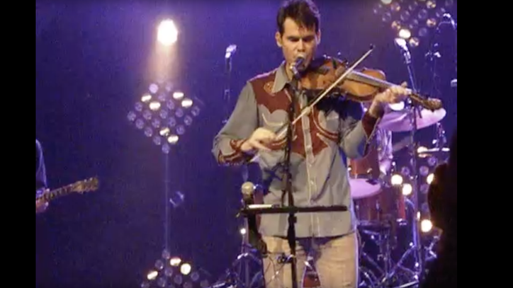See Old Crow Medicine Show's Fiddle-Heavy Prince Tribute