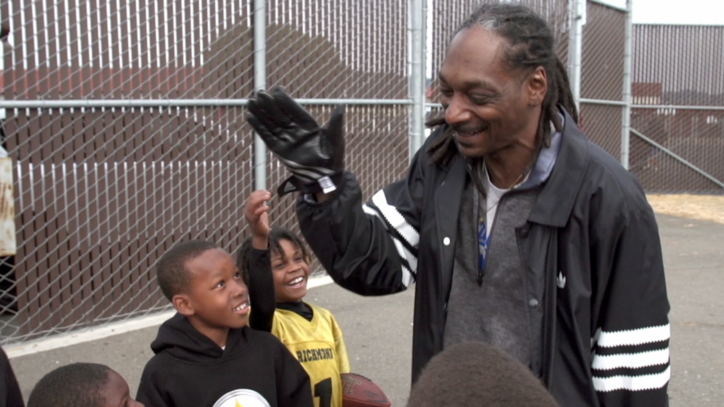 Watch Snoop Dogg's First Trailer for New 'Coach Snoop' Series
