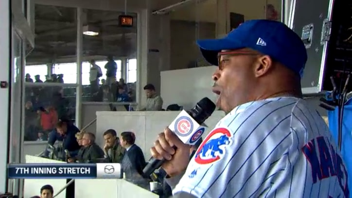 Watch Warren G's Disastrous 'Take Me Out to the Ball Game' at Cubs Game