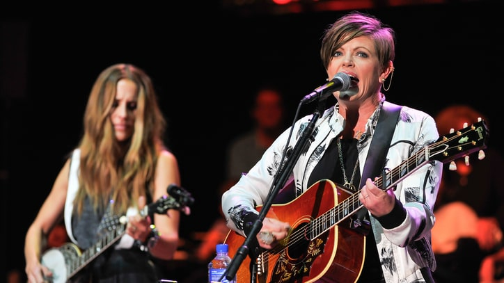 See Dixie Chicks' Stripped-Down Cover of Beyonce's 'Daddy Lessons'