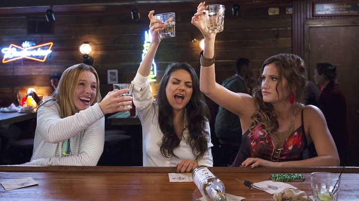 Mila Kunis, Kristen Bell Get Drunk, Talk Sex in 'Bad Moms' Trailer