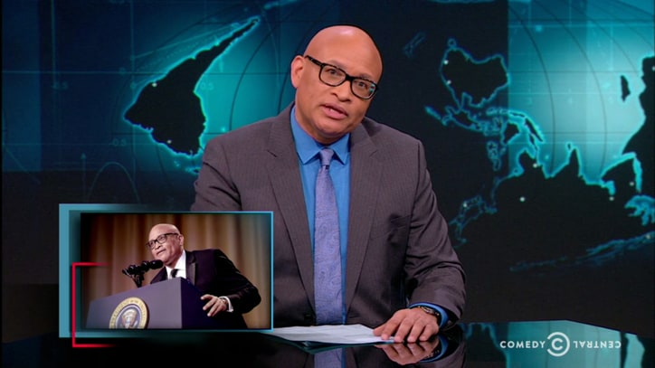 Larry Wilmore Praised by Fake 'Trump' For Controversial White House Speech