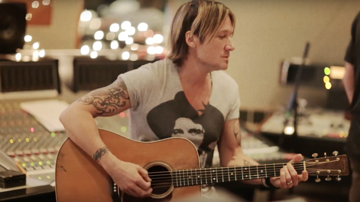 See Keith Urban Record 'Ripcord' Ballad 'Blue Ain't Your Color'