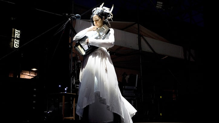 PJ Harvey Sets First U.S. Concerts in Five Years