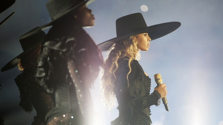 See Beyonce's Stunning Cover of Prince's 'The Beautiful Ones'