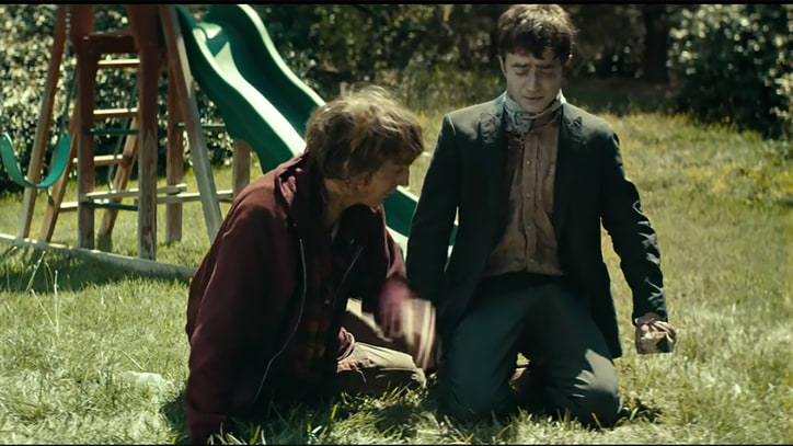 Farting Corpse and 'Magic Wangs': Watch Red Band 'Swiss Army Man' Trailer