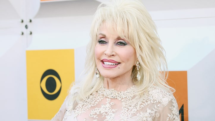 Dolly Parton Plans 'Coat of Many Colors' Movie Sequel
