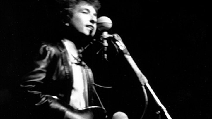 This Week in Rock History: Bob Dylan Goes Electric