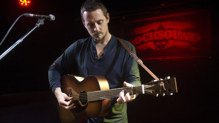 Sturgill Simpson Adds Large List of Cities to World Tour