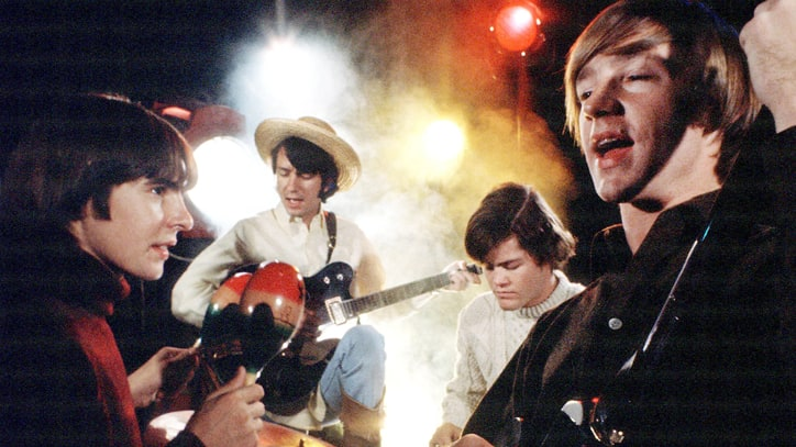 Flashback: The Monkees Play 10-Minute, Psychedelic 'Listen to the Band'