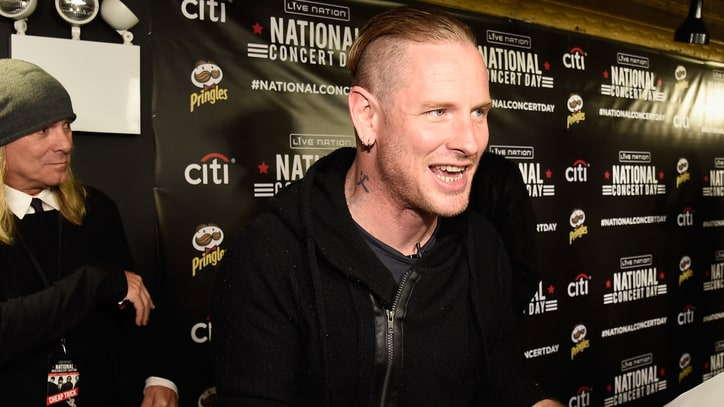 See Joan Jett, Corey Taylor, Cheap Trick Play Telephone Pictionary